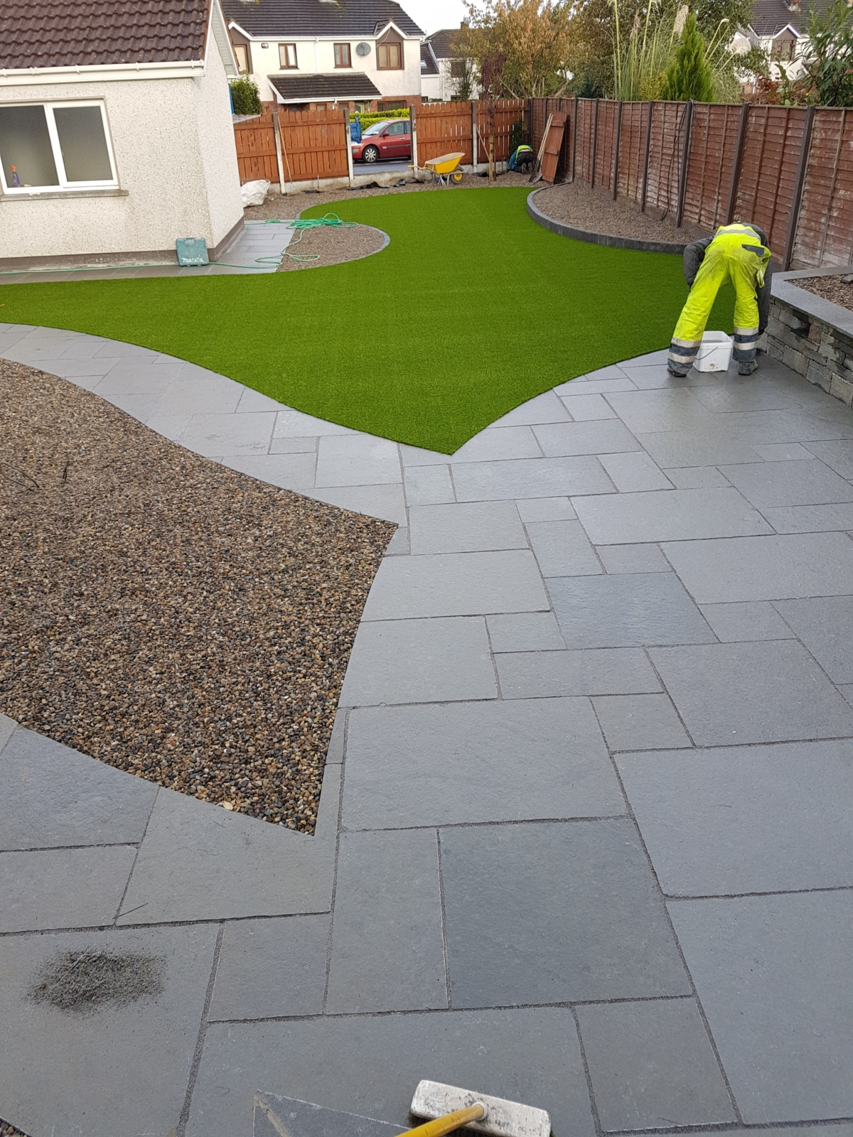artificial-grass-shannon-clare-curves-landscaping