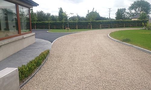 Gravel-and-Paving-Builders-in-Tipperary