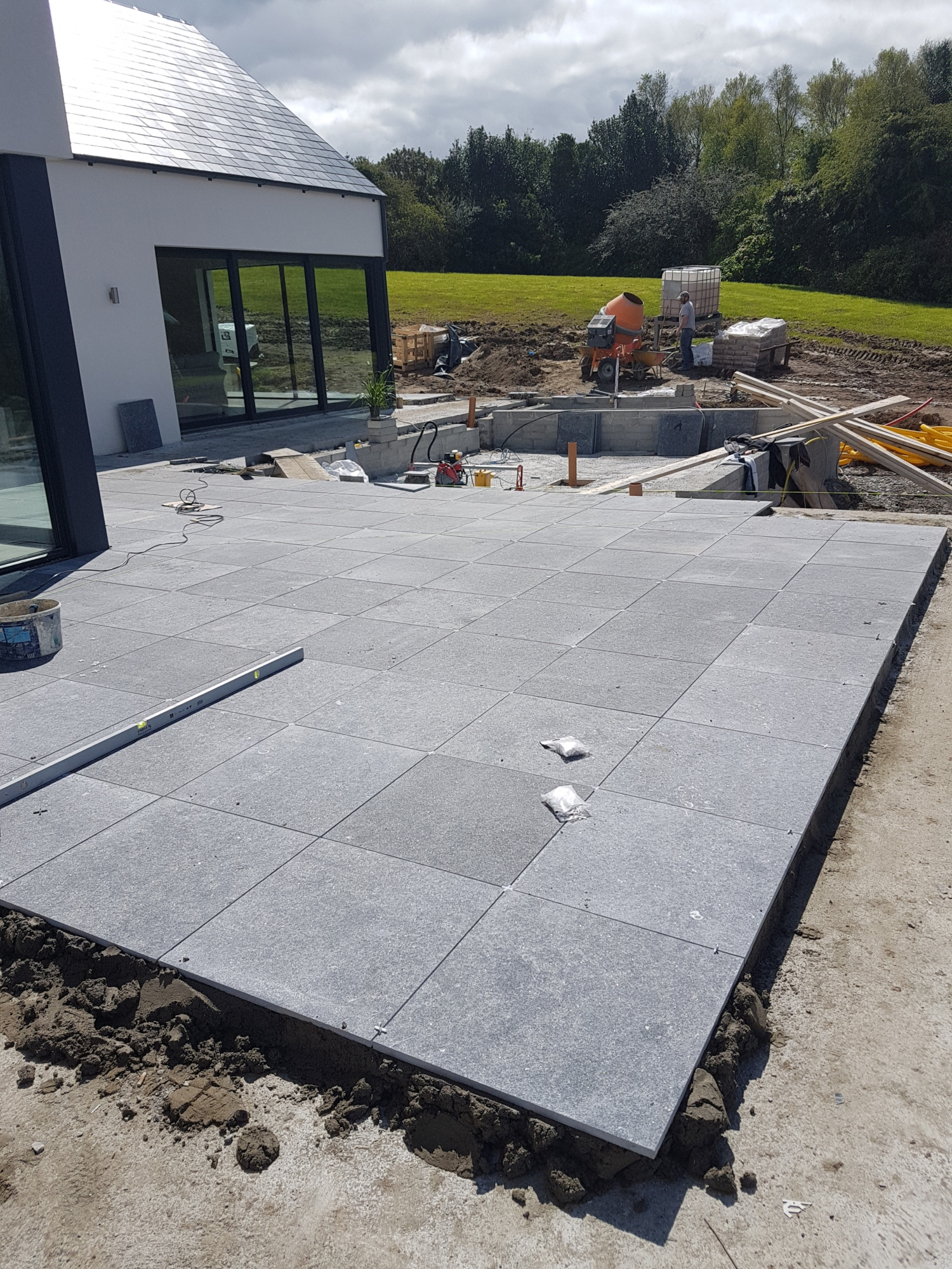 Kilkenny-limestone-flags-patio-clare