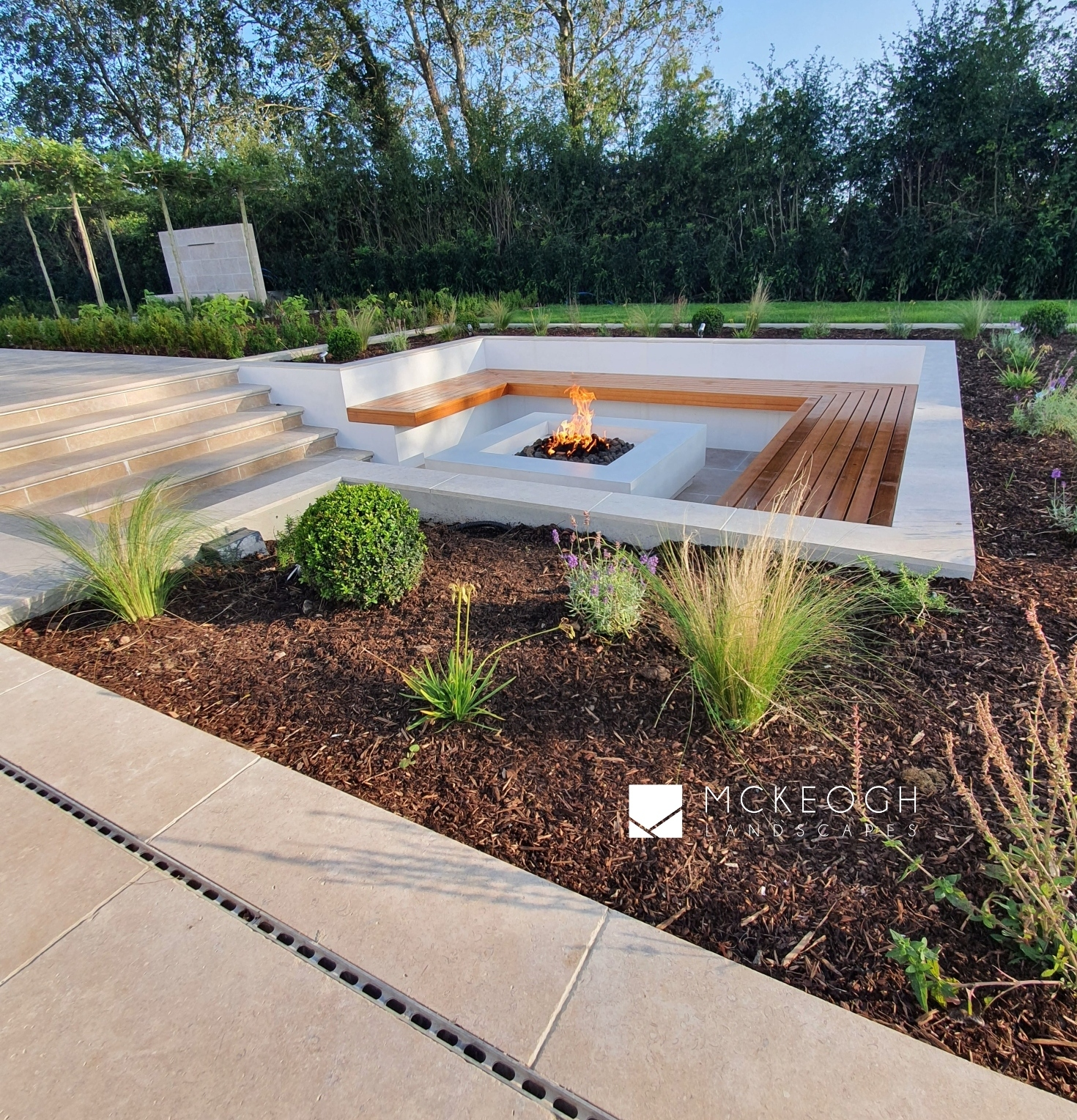 Sunken gas firepit outdoor entertaining area