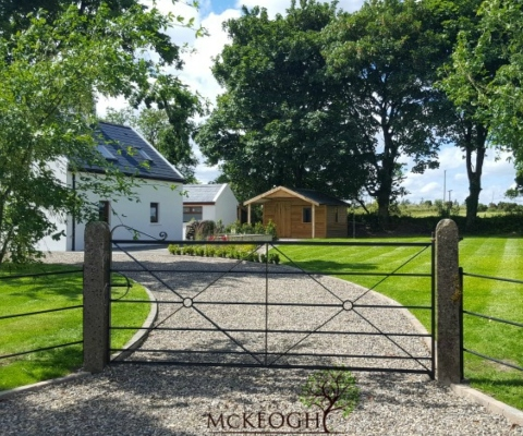 driveway-Traditional-farm-gate-limerick
